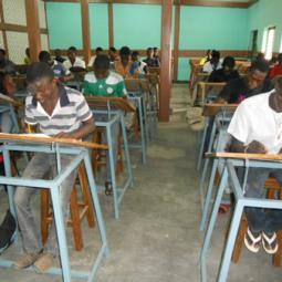 aula con alumnos (8)